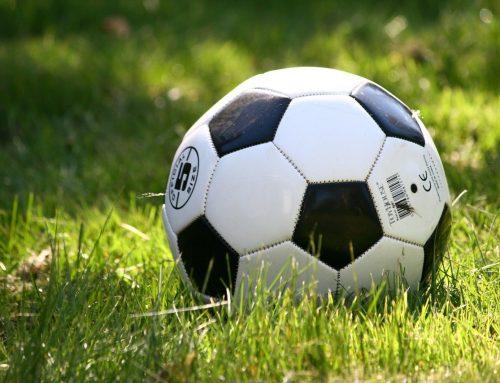 Fodbolden er startet